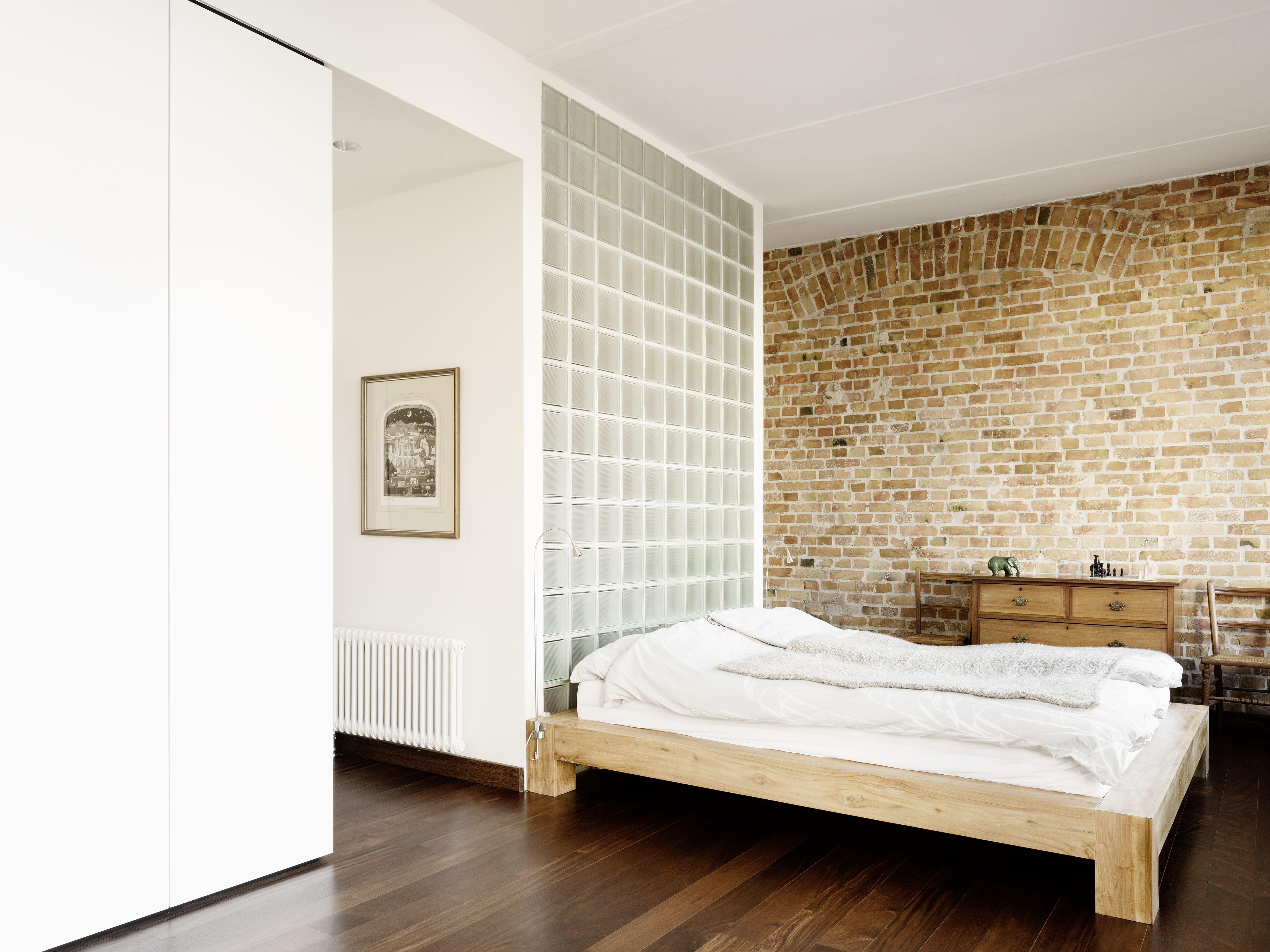 cama a wohnung l westra e berlin. Black Bedroom Furniture Sets. Home Design Ideas